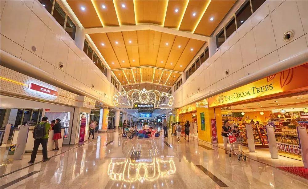 海南离岛旅客免税购物额度提至10万元