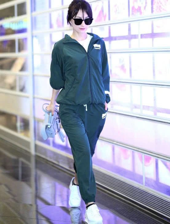 吳昕的衣品大提升,機場亮相驚艷眾人,瘦了10斤了吧!