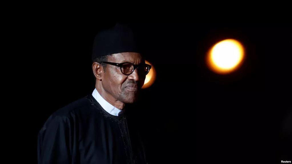 不过,布哈里在波兰回答这一题目也引发尼日利亚网友的不悦。