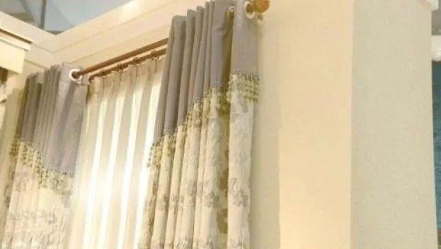 新房挂窗帘还在用罗马杆?现流行装这种代替,省钱又实用!