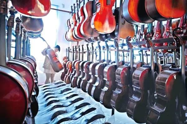 全球三分之一的小提琴,竟然都产自一座中国小镇,请原谅我的无知!
