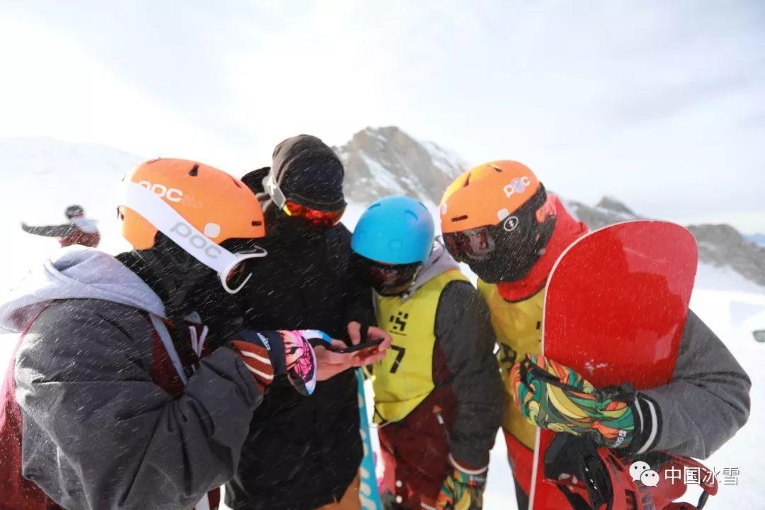 社体中心单板滑雪跨界跨项集训队赴奥地利外训