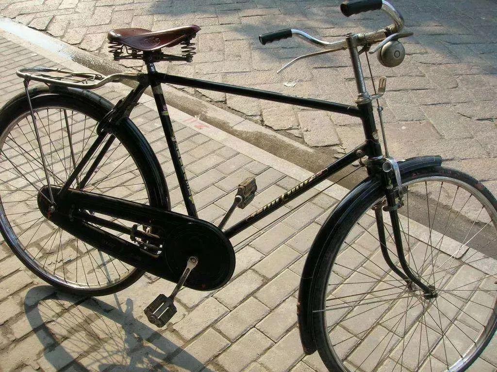 老自行车平面图