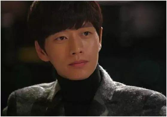 【韩娱】盘点韩剧中默默守护女主,爱而不得,让人心疼的男二号