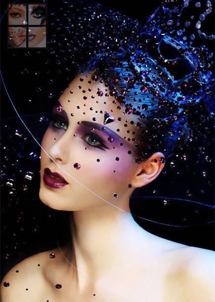 大沢佑香人体艺术_是人体美术的展示,艺术的构思,可改变模特自身的原样,以怪异夸张的