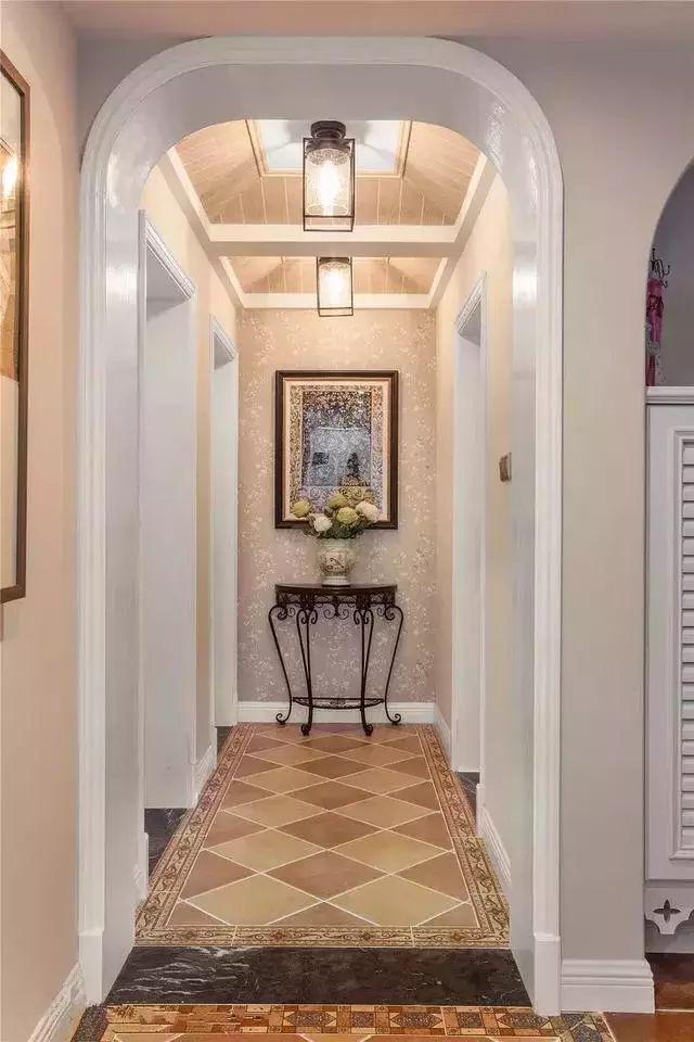 设计,简单的几何造型就可以带来延伸感,让走廊过道变得更加的宽敞一些图片
