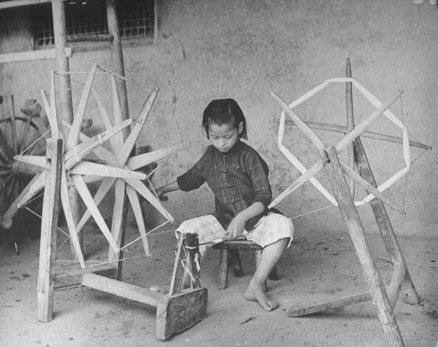 中国农村老头考�:`�9��_旧中国时代的农村,基本上都能自给自足.即便是肉也都是自家腌制.