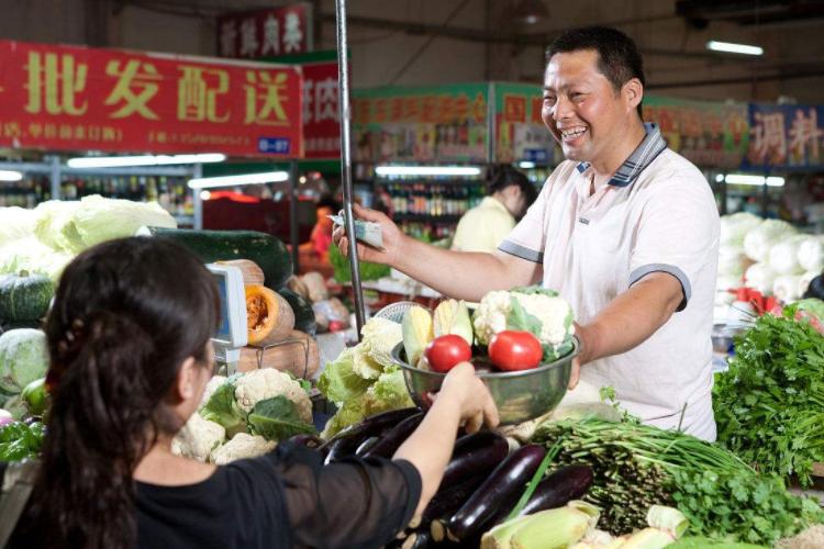 外国游客评价各国菜市场:印度杂乱,日本整洁,我国只用一字形容