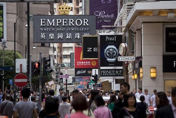 """为什么香港人宁愿吃""""土""""也要买劳力士呢?"""