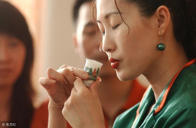 你的红茶是上品吗?——三招教你评红茶
