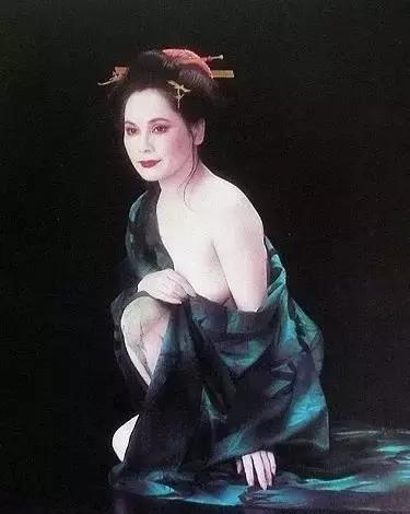 从妓女到总统夫人,坐牢、拍裸照、跳钢管舞,她的一生堪称传奇!-華夏娛樂360