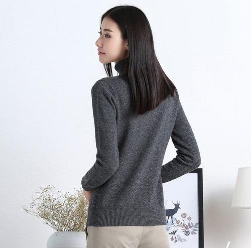 外穿內搭都OK 冬季毛衣搭配氣質滿分