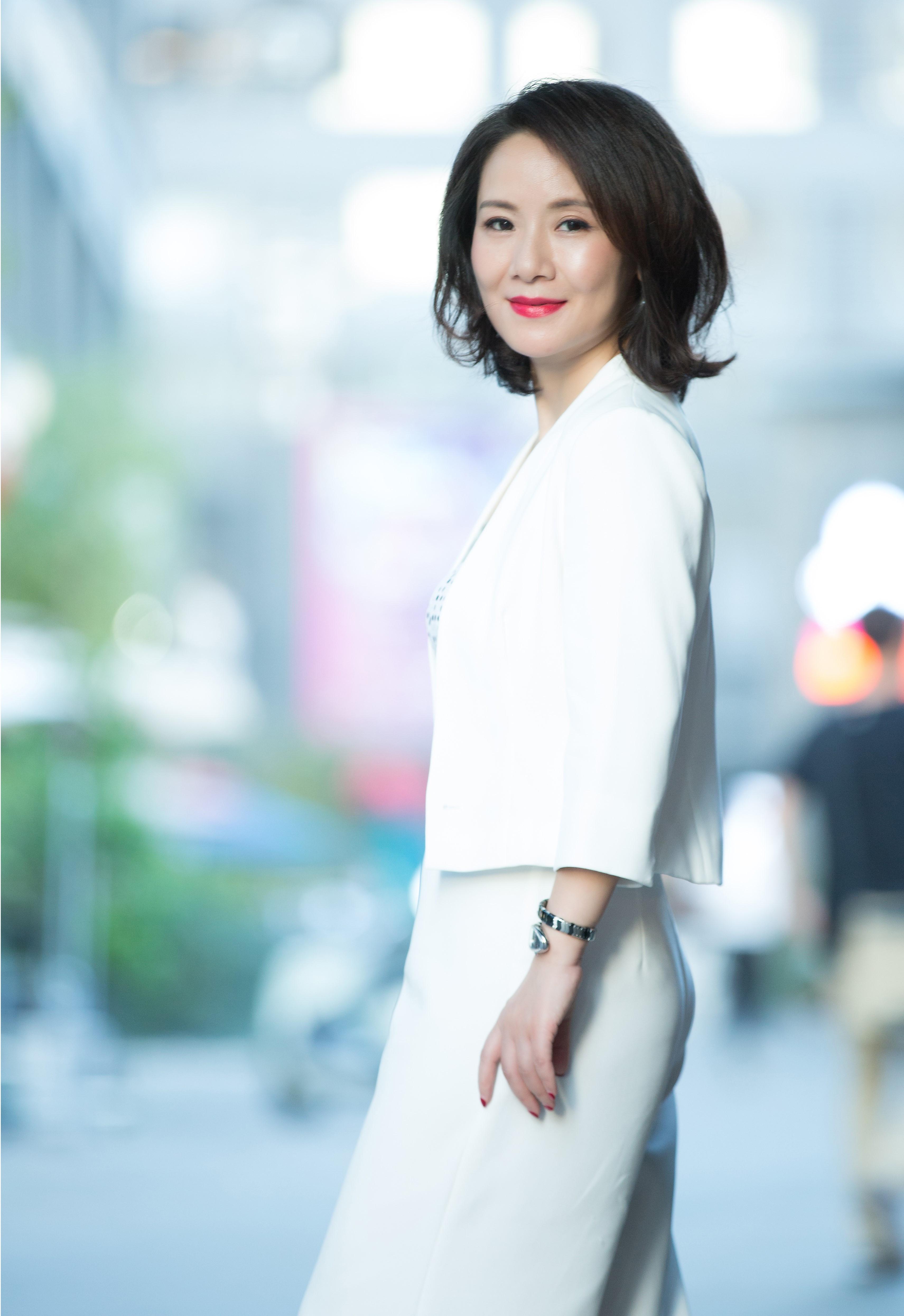 女性更年期综合症状_专访 她从央视离职,创立中国首家盆底康复机构,愿为2亿女性 ...