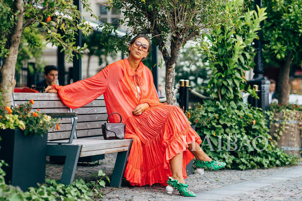 2019年度流行色鎖定珊瑚橙 (Living Coral) :對亞洲人不友好?穿對了一樣元氣滿滿!