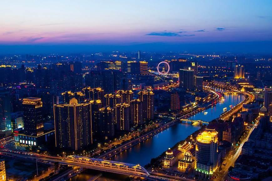 青岛骚_中国大陆最富裕的5个沿海城市,山东最发达的城市青岛只排第五!