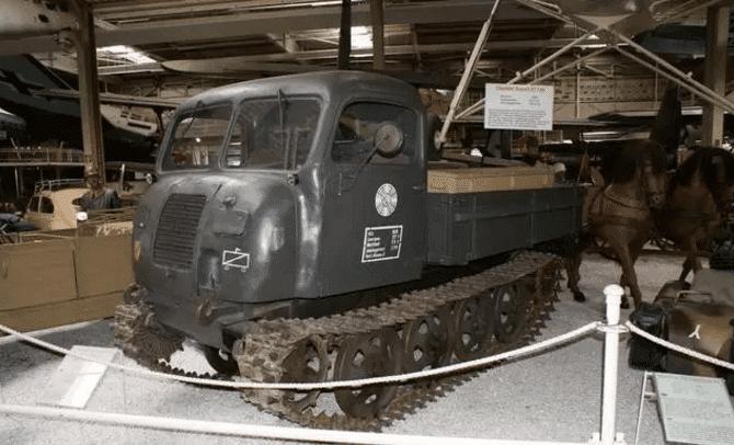 斯太尔履带式牵引车很呆萌, 结构简单连德军都喜欢图片
