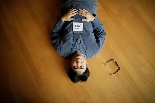 在韩国,几千人掏钱抢着住监狱,只为在里面解脱-華夏娛樂360