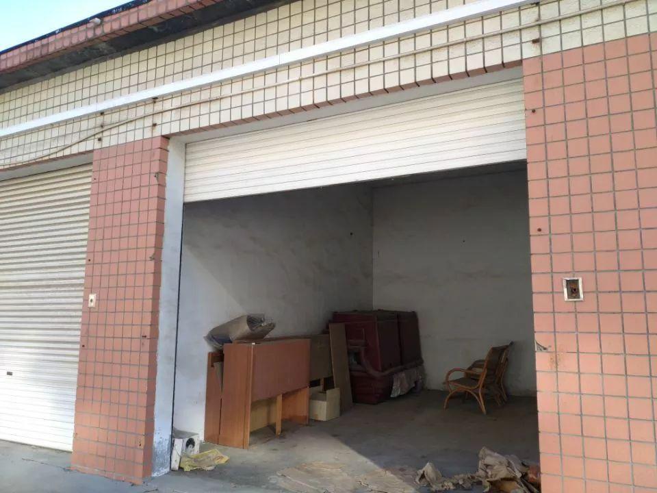房产 正文  标的位于周村区东门路以东,机场路以北财政局宿舍院内房