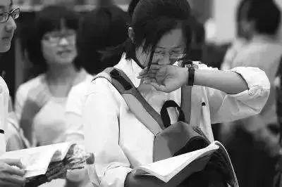 高考数学合格率仅为7.39%!苦苦刷题后果晋升慢,高考阅卷名师总(责编保举:数学向导jxfudao.com/xuesheng)