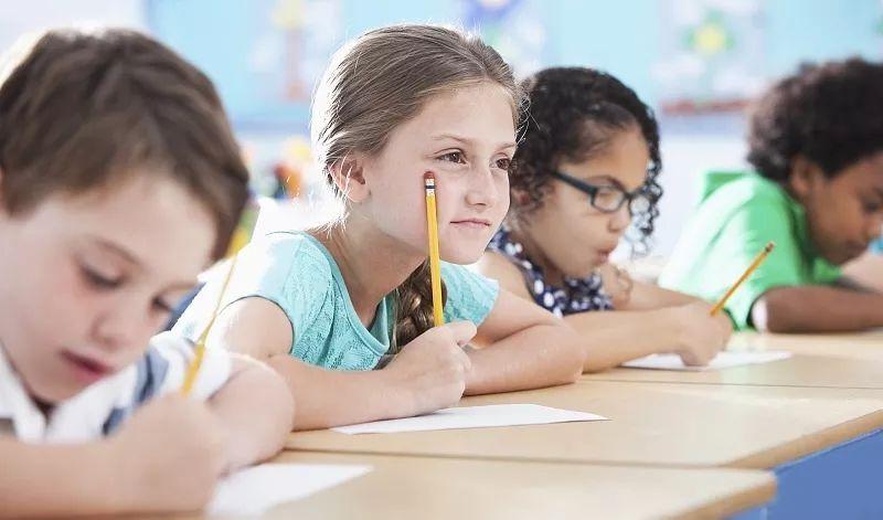 孩子成绩总是提不高?看看新加坡老师怎么说!