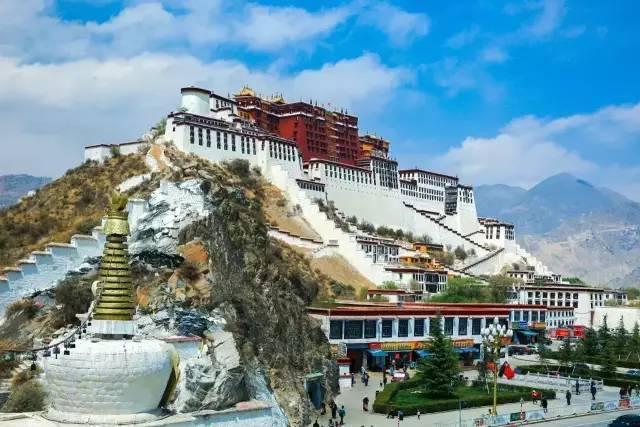 比起黄金宝石,布达拉宫更珍贵的是它,代表整个西藏的历史与价值!