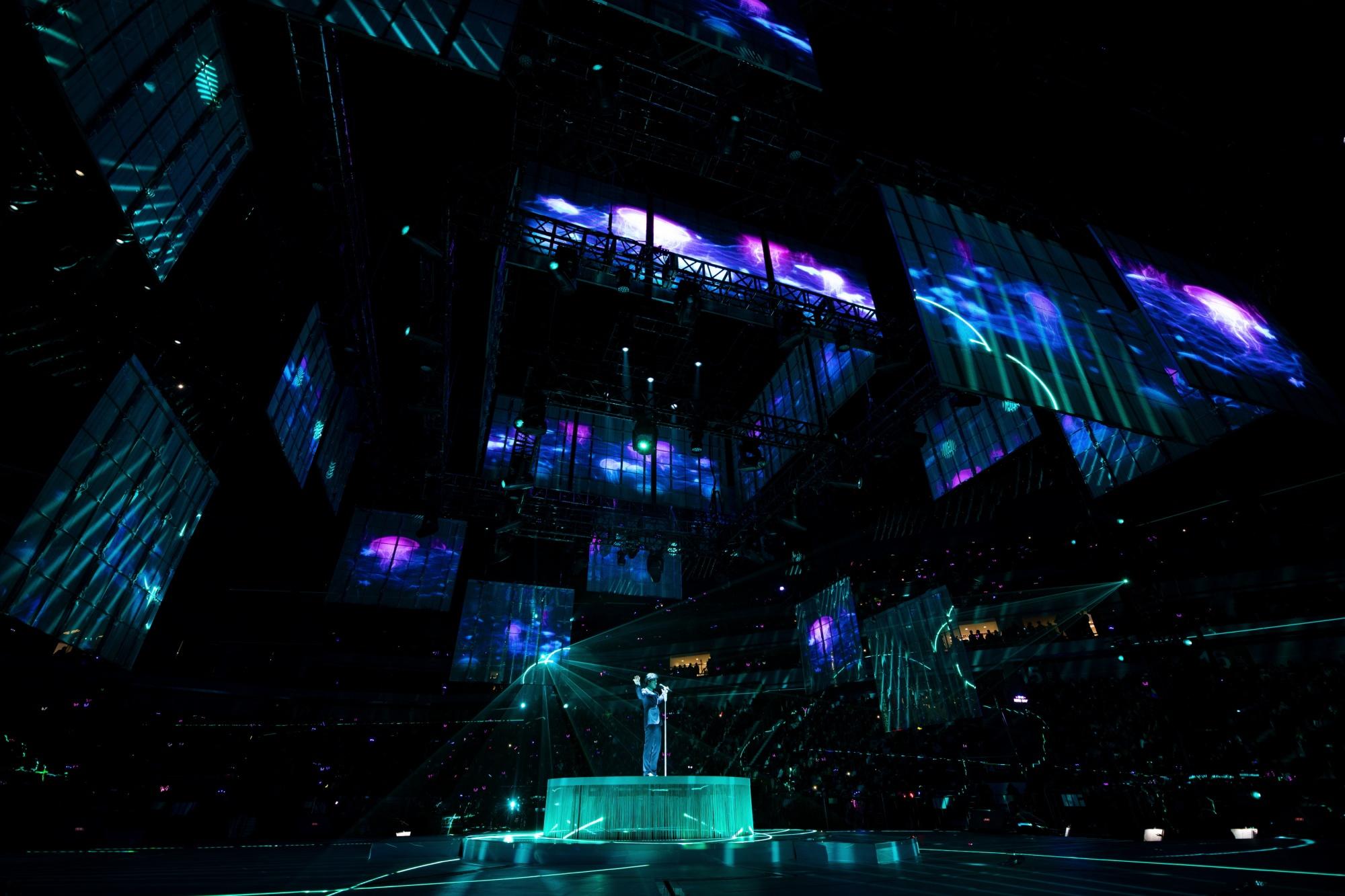 李健南京暖心开唱 《红豆曲》特别献给金陵