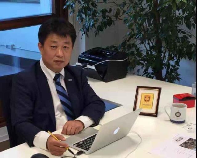 苏宁副总:光引进外教不够还需专业翻译