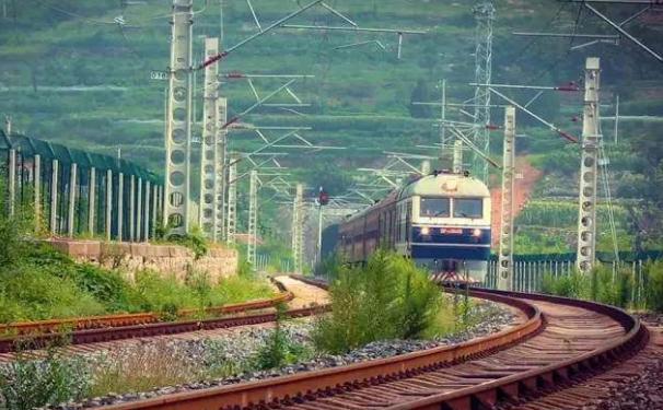 中国最慢的绿皮火车,最便宜的车票才1块钱,全程也只要11.5元