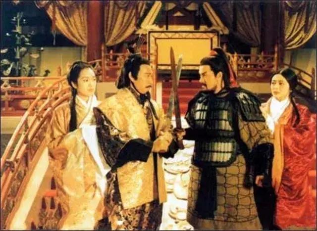 韩雪涂松岩致敬的《西楚霸王》,其实是一部被忽略的商业历史大片 作者: 来源:电影聚焦