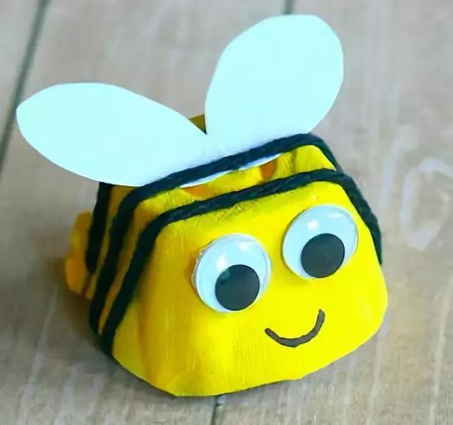 小小传承人:幼儿园环创鸡蛋托做出来的创意手工--幼师图片