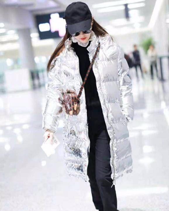 锡纸也能当衣服,唐嫣又胖了,新婚身材管理不上心呀!