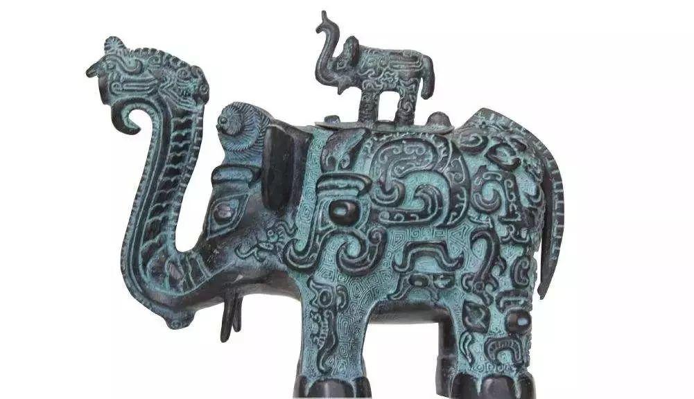 匽侯铜盂侯铜盂是西周时期燕侯珍贵历史文物,燕侯用的一饮食器具.