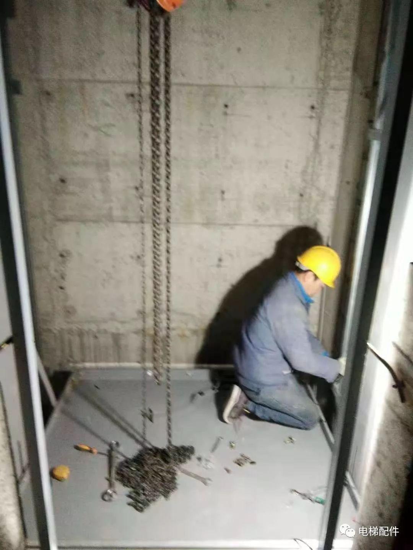 无机房电梯安装结构图