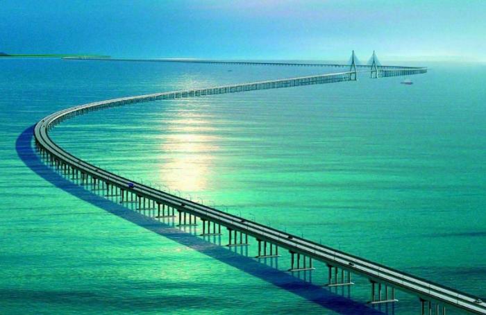 港珠澳大桥开通至今赚了多少钱呢?说出来你可能不信!