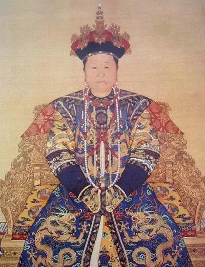 孝庄太后死后在宫中停尸37年,康熙为何不愿将她下葬?