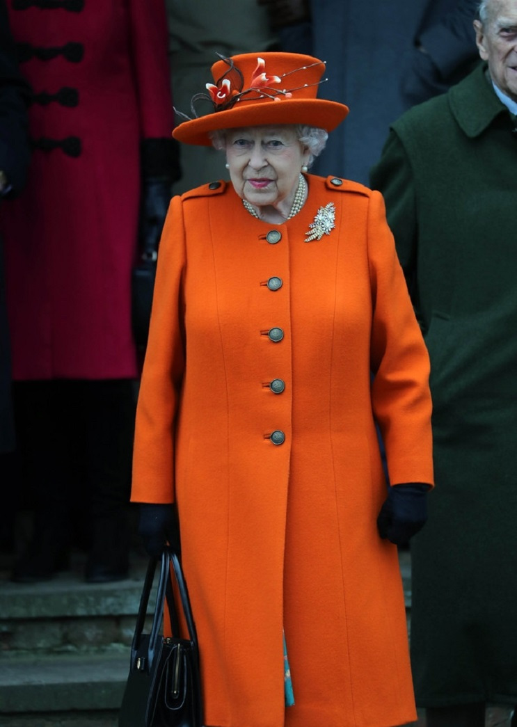 凯特准备怀第四胎?打破英国王室的惯例来育儿,引发女王不满!
