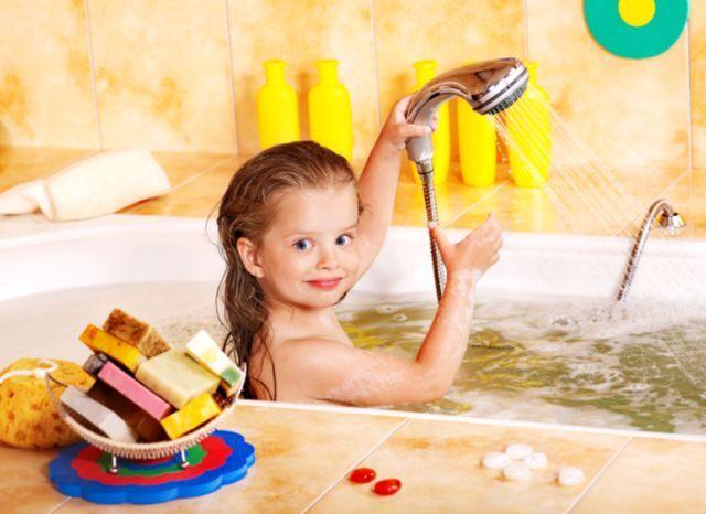 寒冬来袭宝宝洗澡最需要的是这款加厚纱布浴巾
