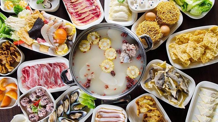 而且吃完火锅很容易因为不消化而拉肚子或者造成食道烫伤.
