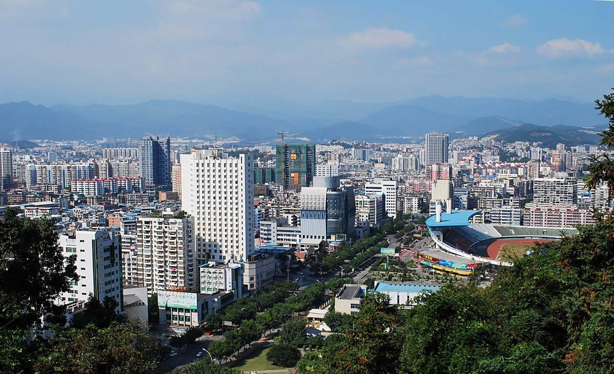 中央支持福建经济总量将超越台湾_福建超越肖佳杰