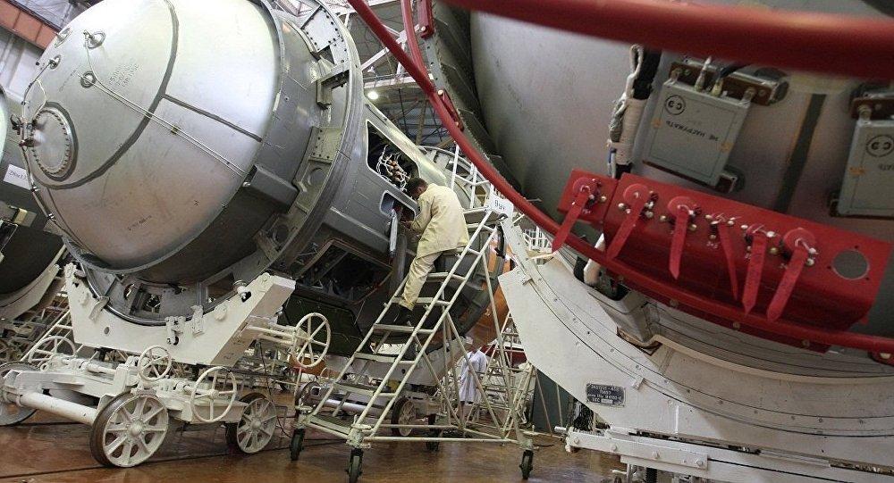 俄停止向美国供应火箭发动机_俄罗斯向美国提供3台RD-181火箭发动机_布里登斯廷