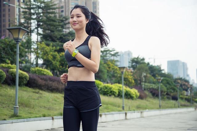 跑太快没朋友,教你如何陪同速度慢的妹子一起跑步?