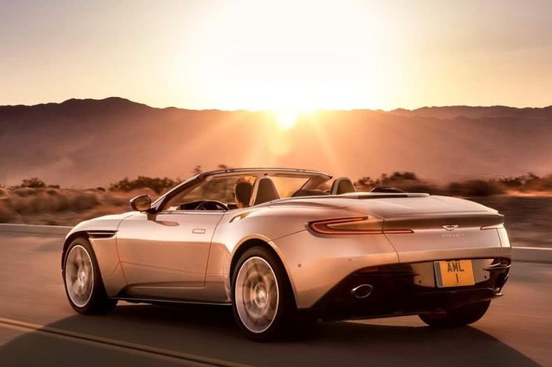 这车售价22680万起看了车标土豪表示想入手_上海11选5