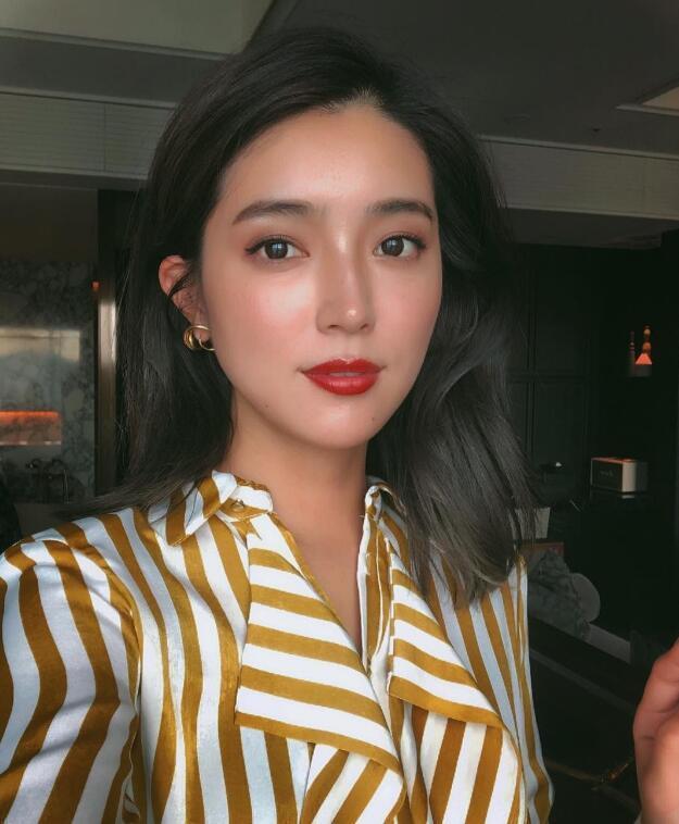 日本一_日本模特大口智惠美,温暖又甜美的笑容让她吸粉无数,大家一起来感受一