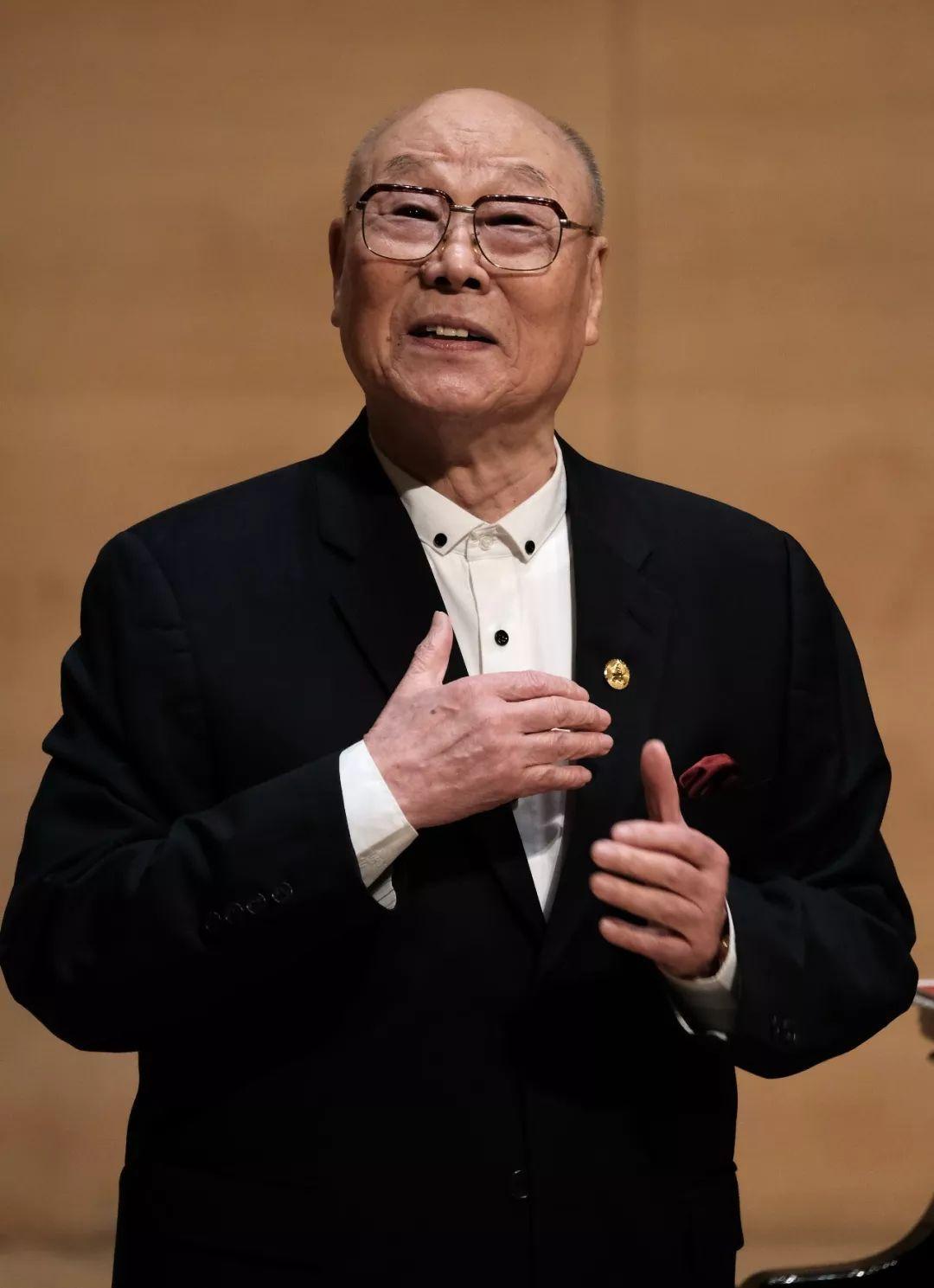 著名男中音歌唱家刘秉义的人生故事