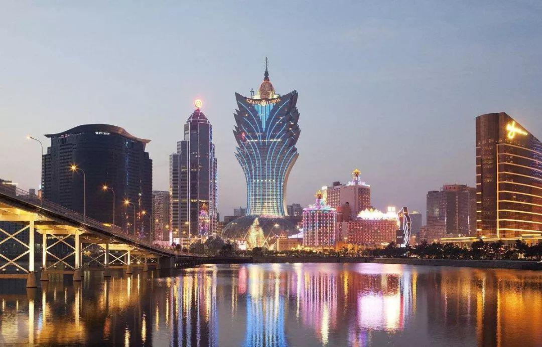 澳门土地面积和人口多少_中国一座城市,三分之二土地是自己造的,城市富得流