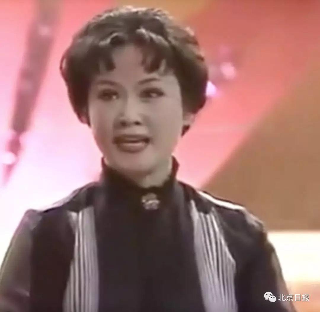90年代大陆流行歌手_第一首内地流行歌曲:《乡恋》