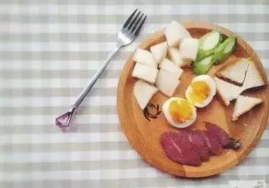 中午吃的减肥餐图片