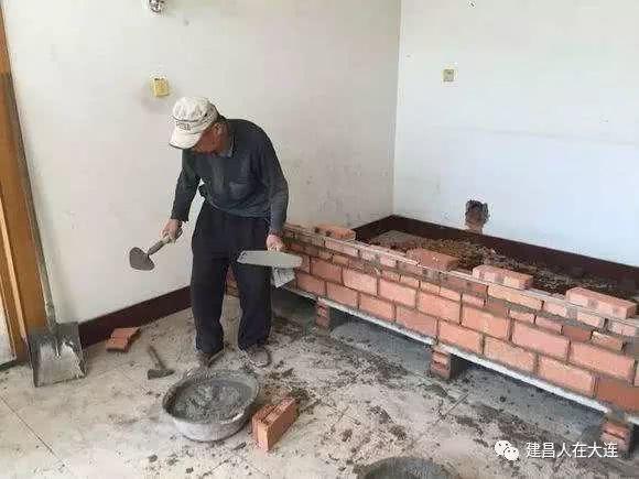 火炕烟道_建昌往事——火炕记忆!_土坯