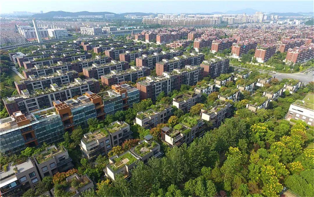 马群依托南京市中西医结合医院,钟山养老产业园,银城东方颐年项目建设