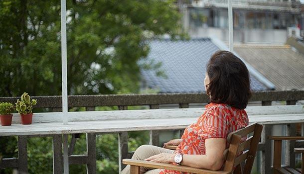 她是金马奖影后,曾被下药性侵,婚姻生活如牢狱,今78岁一人独居